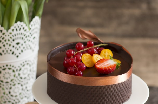 minitort de ciocolata raw vegan